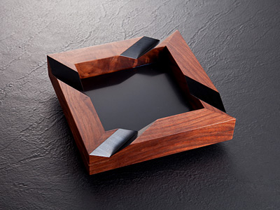 Nobdesigns Rotational Walnut Cigar Ashtray